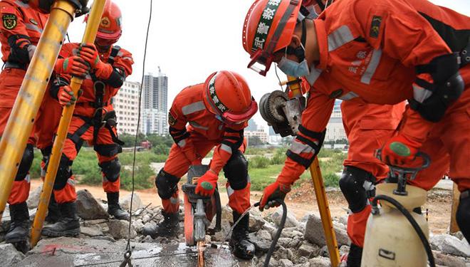 Erdbeben-Notfallübung in Haikou durchgeführt