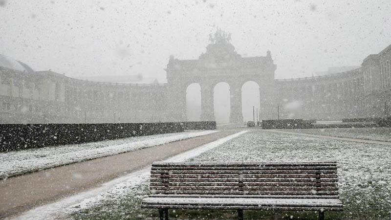 Kältewelle in Europa lässt es in Brüssel schneien