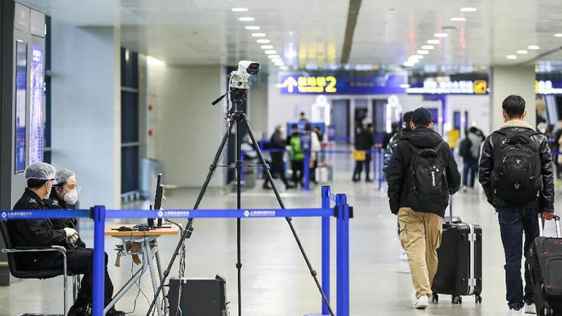 27 Verkehrsflughäfen in China verzeichnen jeweils über zehn Millionen Fluggäste in 2020