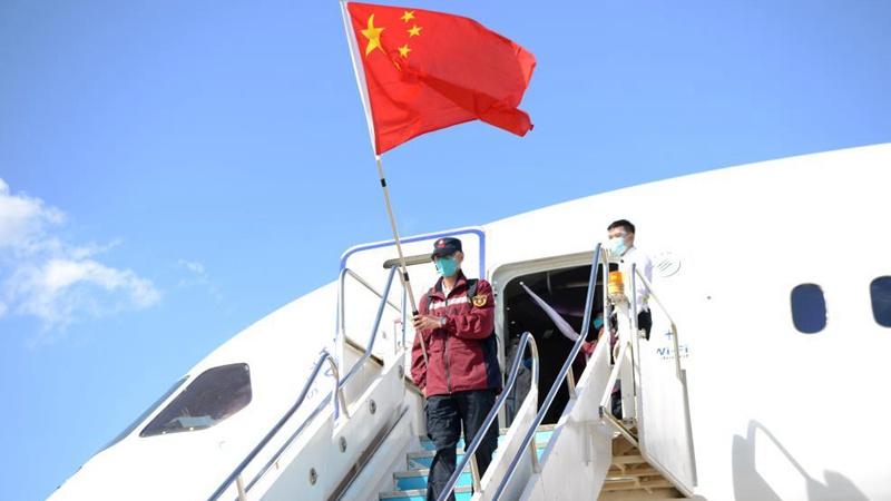 Chinesisches medizinisches Team trifft in Laos zur Bekämpfung von COVID-19 ein